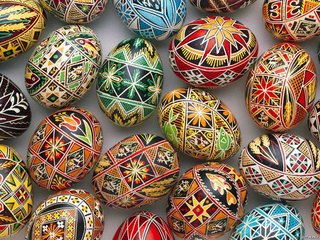 beautiful-designed-easter-eggs-wallpaper
